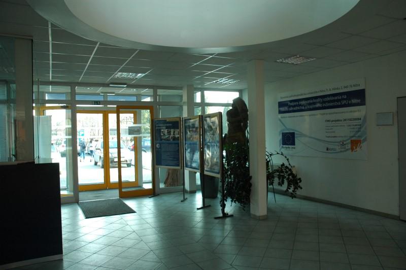 Tulipánová 7, 949 01, Nitra, FZKI - foyer